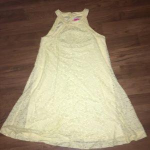 Betsy Johnson Yellow Lace Shift Dress size 6